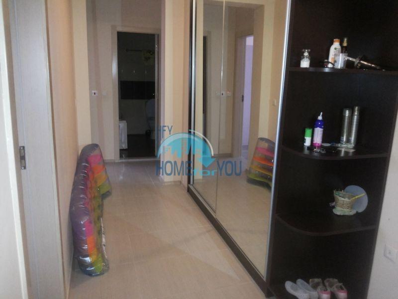 Просторная трехкомнатная квартира с мебелью в Равде 3