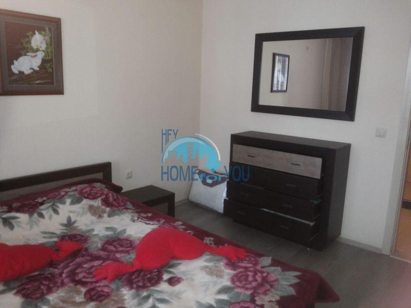 Просторная трехкомнатная квартира с мебелью в Равде 5