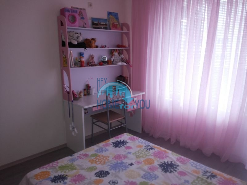 Просторная трехкомнатная квартира с мебелью в Равде 7