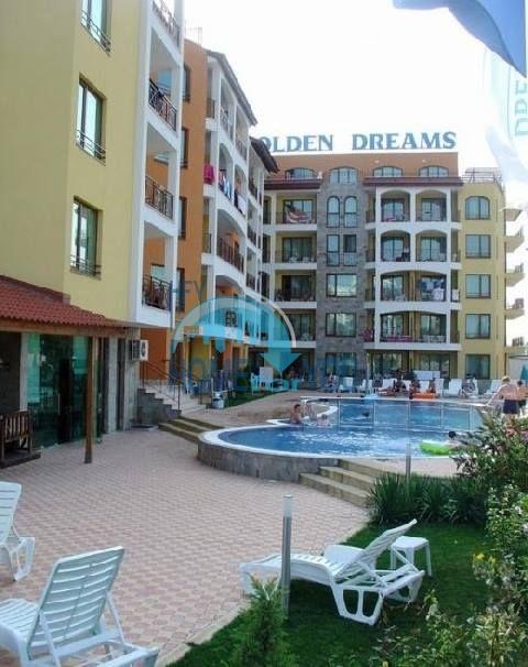 Продажа двухкомнатной квартиры в Солнечном береге - Голден Дримс 10