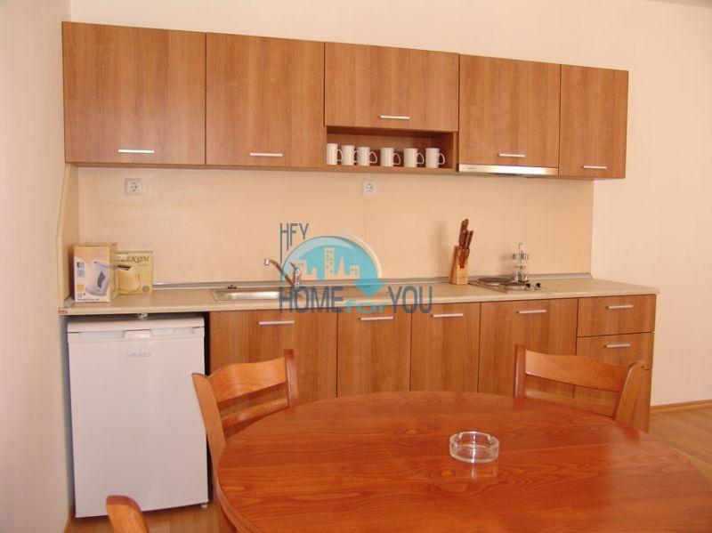 Хорошая двухкомнатная квартира на Солнечном берегу 4