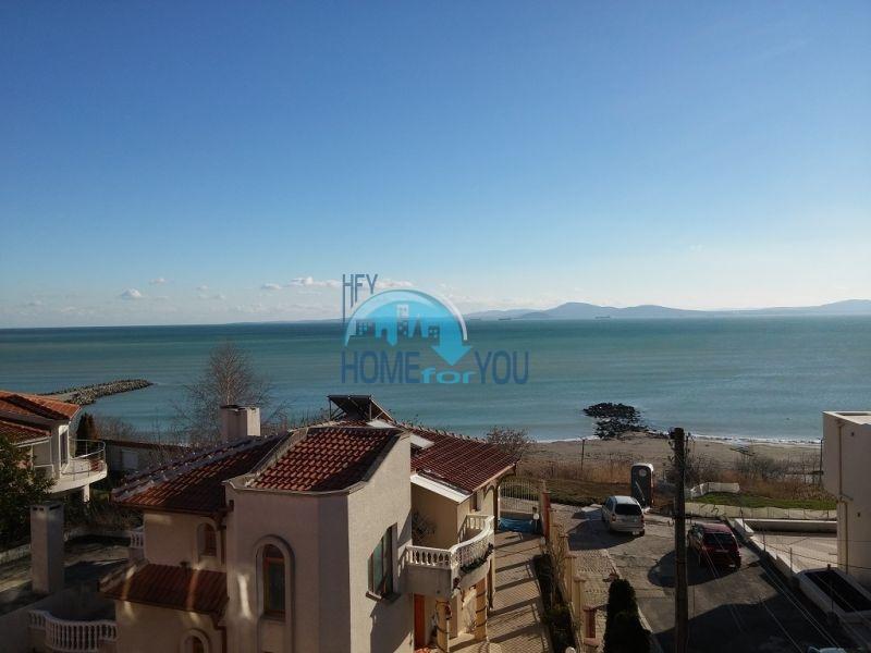 Квартира с невероятным видом на море в квартале Сарафово 18