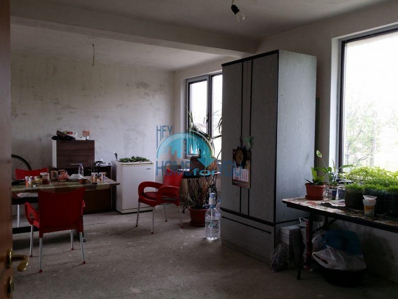 Добротный дом для постоянного проживаня в селе Трыстиково 9