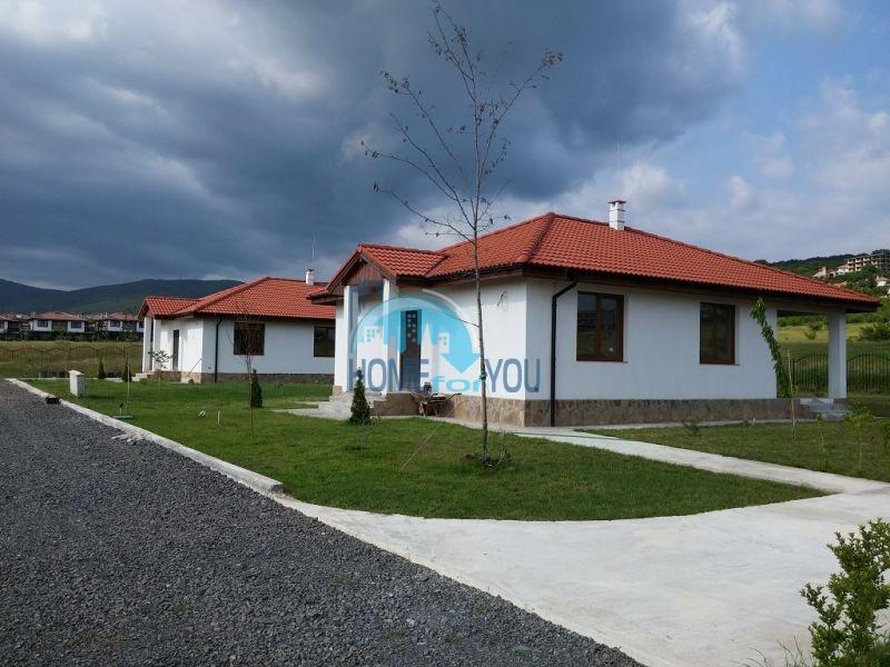 Капитальные дома в местности Кошарица 4