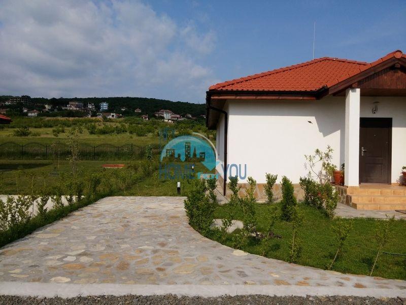 Капитальные дома в местности Кошарица 6