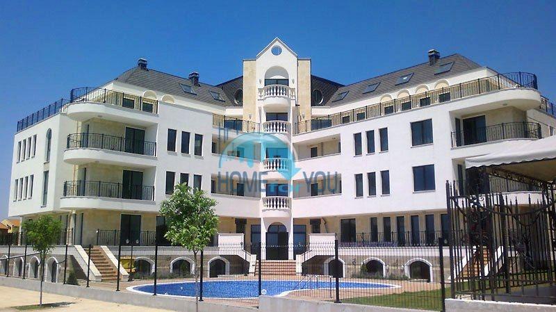 Недорогие апартаменты и студии на курорте Святой Влас