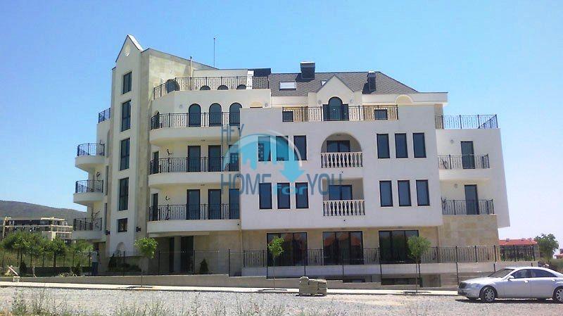 Недорогие апартаменты и студии на курорте Святой Влас 2