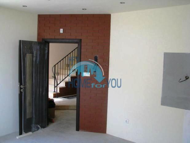 Трехэтажный дом в районе  Ален Мак, г. Варна 12