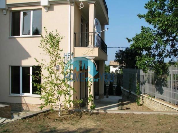 Трехэтажный дом в районе  Ален Мак, г. Варна 4