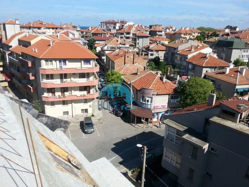 Прекрасные квартиры под ключ в жилом доме в самом центре г. Поморие 6