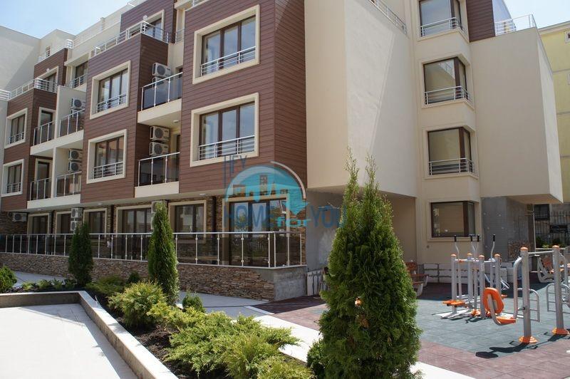 Первая линия -двухкомнатная квартира с мебелью в Созополе 7