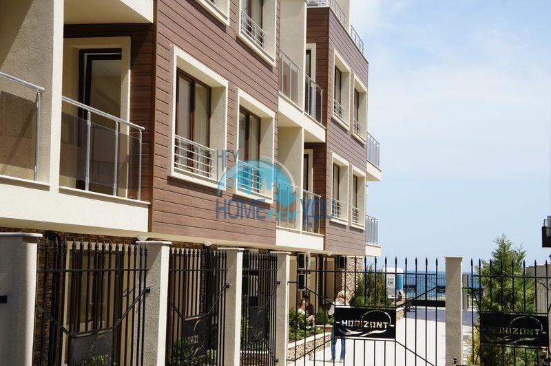 Первая линия -двухкомнатная квартира с мебелью в Созополе 9