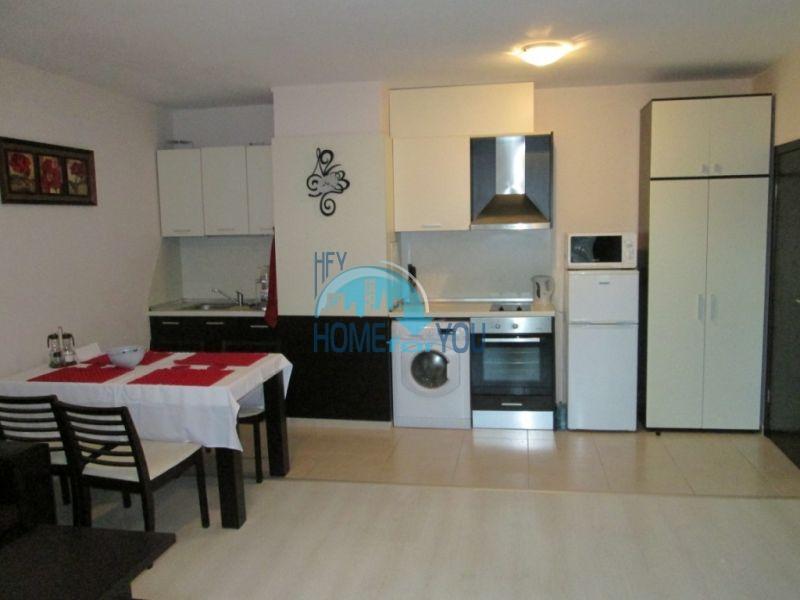 Первая линия -двухкомнатная квартира с мебелью в Созополе 2