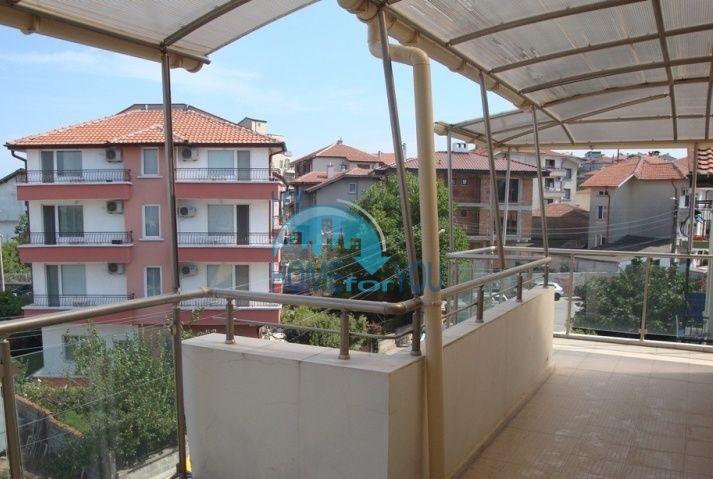 Большая двухкомнатная квартира с видом на море в Черноморце 6
