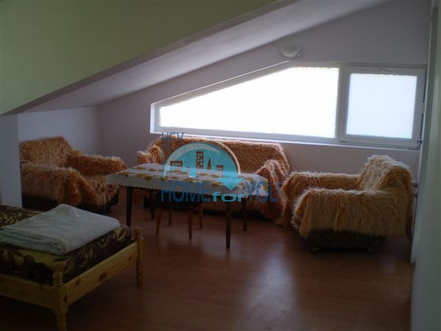 Двухкомнатная квартира по недорогой цене в курорте Бяла 9