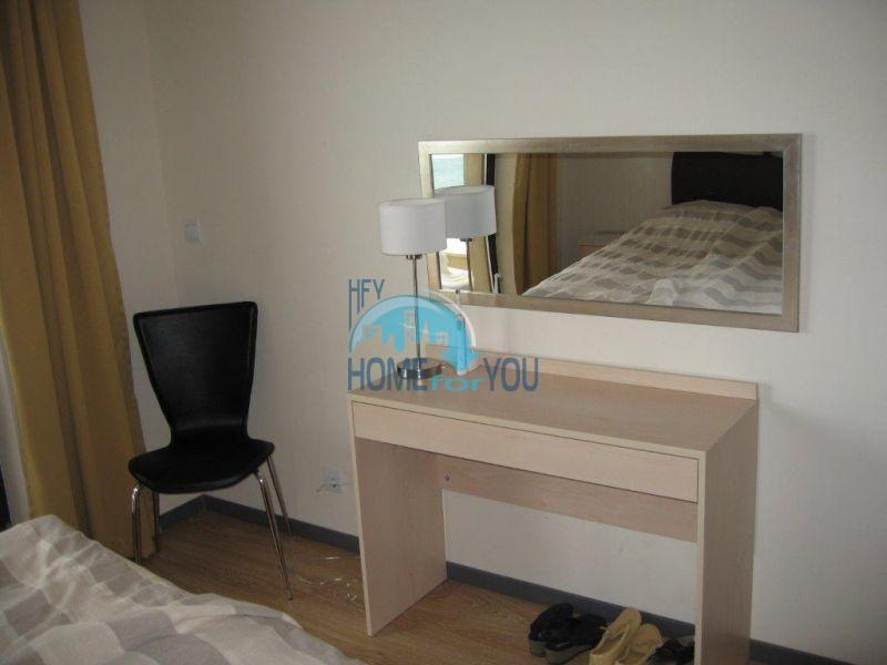 Квартира с прямым видом на море в городе Бяла на первой линии 5