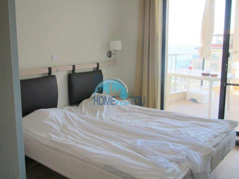 Квартира с прямым видом на море в городе Бяла на первой линии 4