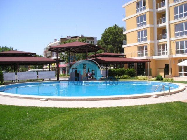 Просторная полностью меблированная студия в самом центре курорта Солнечный Берег, комплекс Flores Park 4