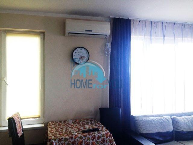 Меблированная квартира с видом на море в городе Царево  3