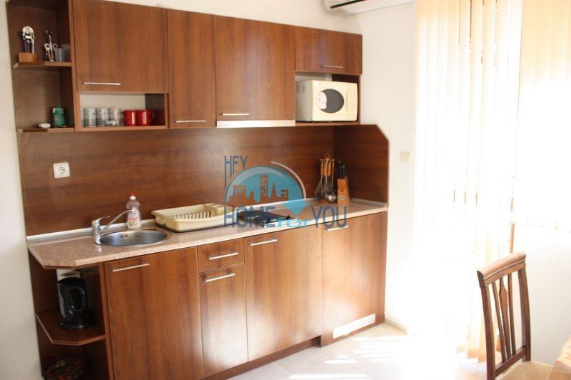 Большая двухкомнатная квартира в Равде 3