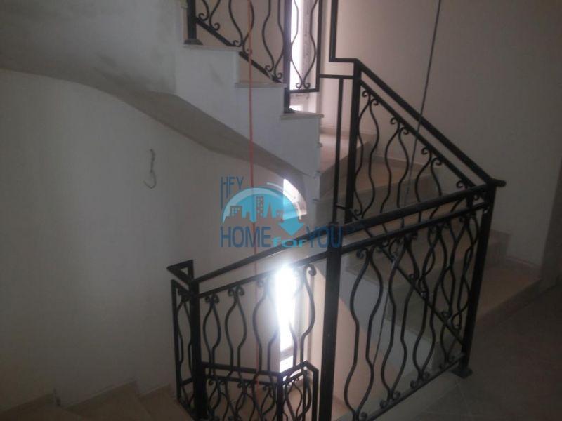 Недвижимость в г. Поморие - студии и апартаменты по доступным ценам 9