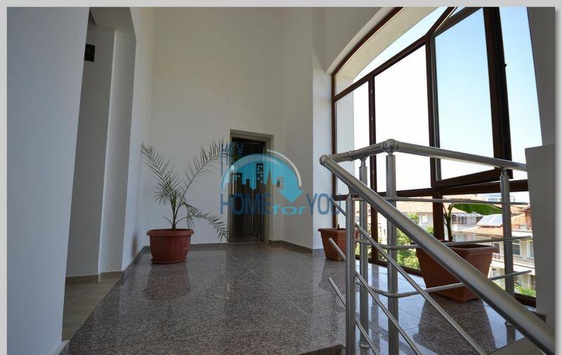Двухуровневая квартира по доступной цене в Равде 19