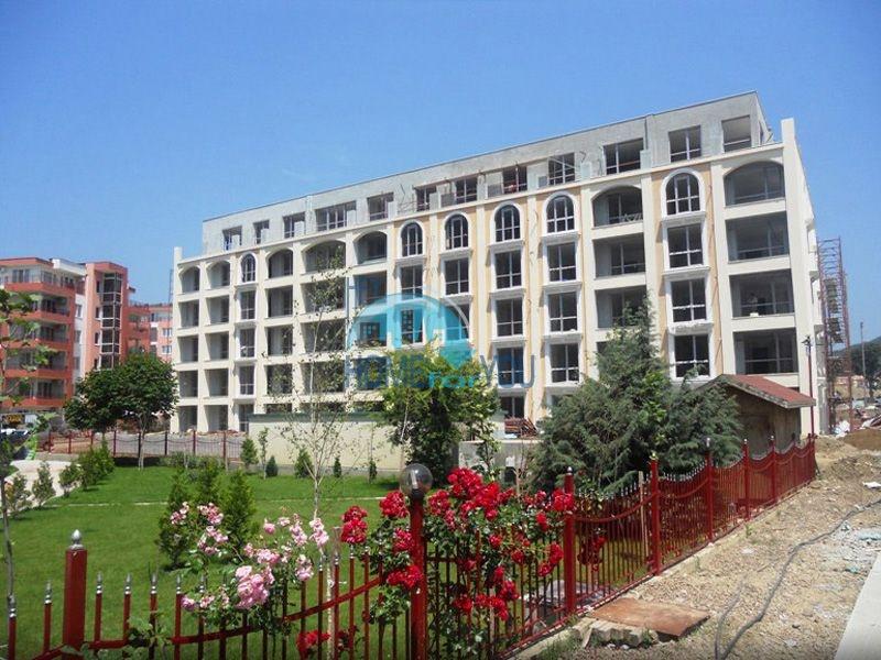 Продаются недорого квартиры в Елените - Villa Astoria 2 3