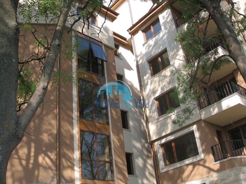 Элитные квартиры с отделкой вблизи Варны 14