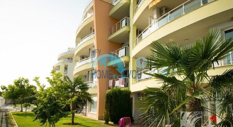 Первая линия - двухкомнатная квартира с панорамным видом на море в Святом Власе 4