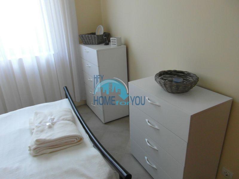 Двухкомнатная квартира с мебелью на первой линии - Санта Марина 15
