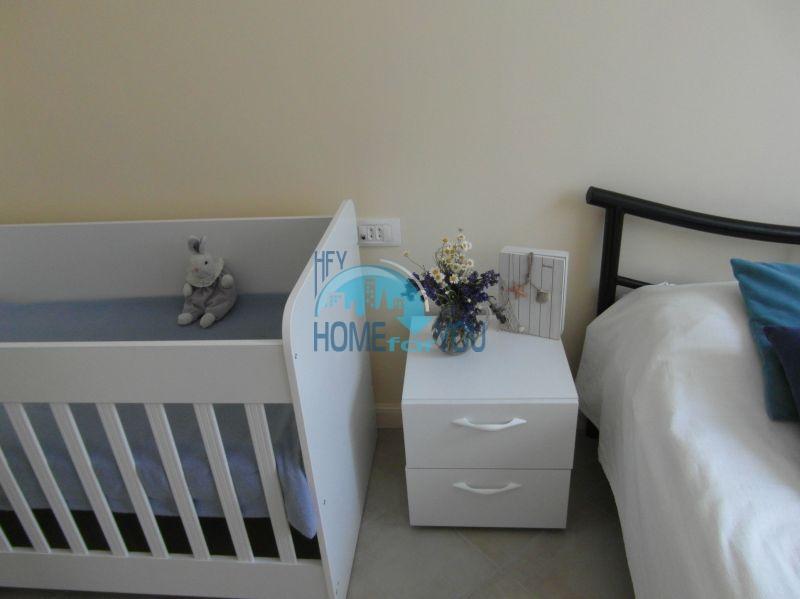 Двухкомнатная квартира с мебелью на первой линии - Санта Марина 16