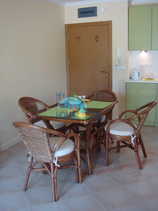 Двухкомнатная квартира с мебелью на первой линии - Санта Марина 4