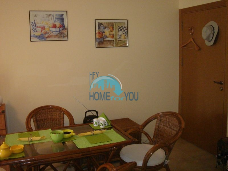 Двухкомнатная квартира с мебелью на первой линии - Санта Марина 8