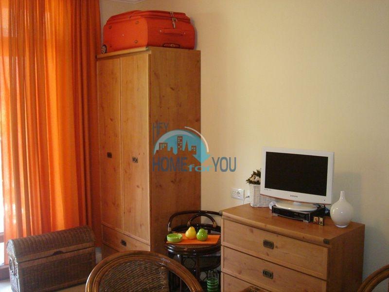 Двухкомнатная квартира с мебелью на первой линии - Санта Марина 9