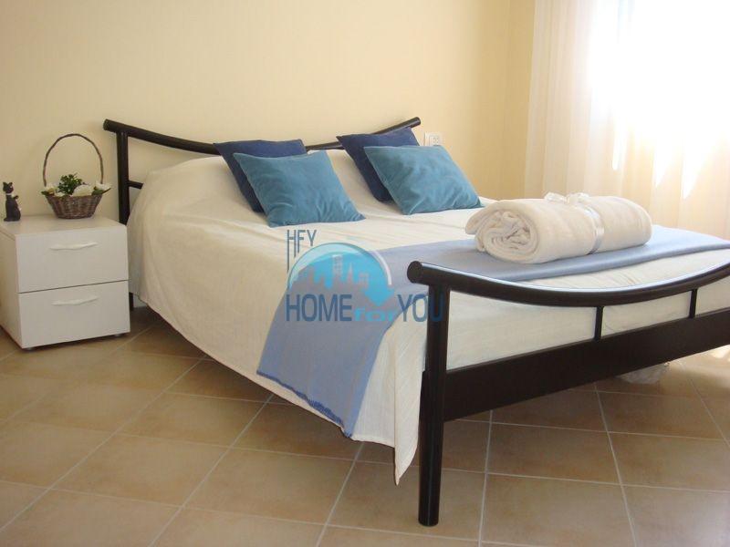 Двухкомнатная квартира с мебелью на первой линии - Санта Марина 13
