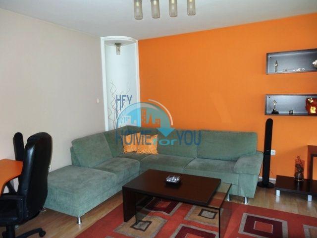 Меблированная трехкомнатная квартира для проживания в Благоевграде 2