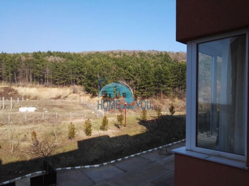 Недорогая квартира с видом на море в Елените 9