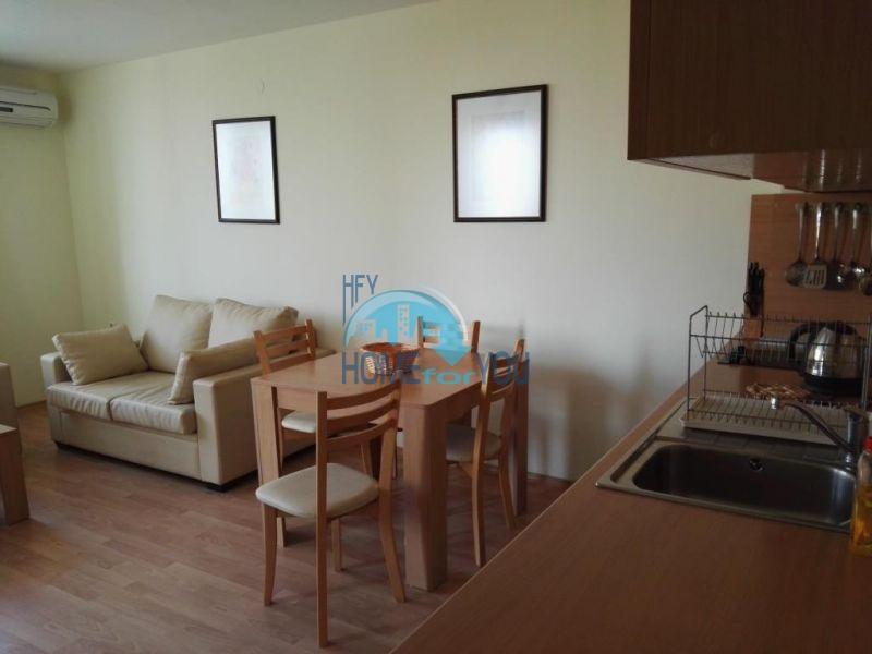 Недорогая квартира с видом на море в Елените 6
