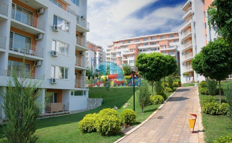 Недорогая квартира с видом на море в Елените 19