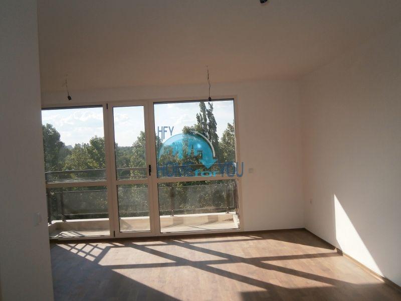 Трехкомнатная квартира на продажу в Софии
