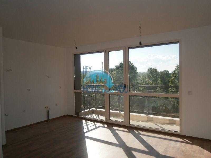 Трехкомнатная квартира на продажу в Софии 2