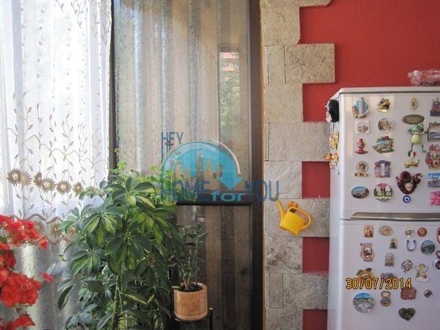 Двухкомнатная квартира для ПМЖ в центре Велинграда 8