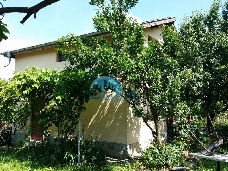Капитальный дом для комфортной жизни в селе Дюлево 4