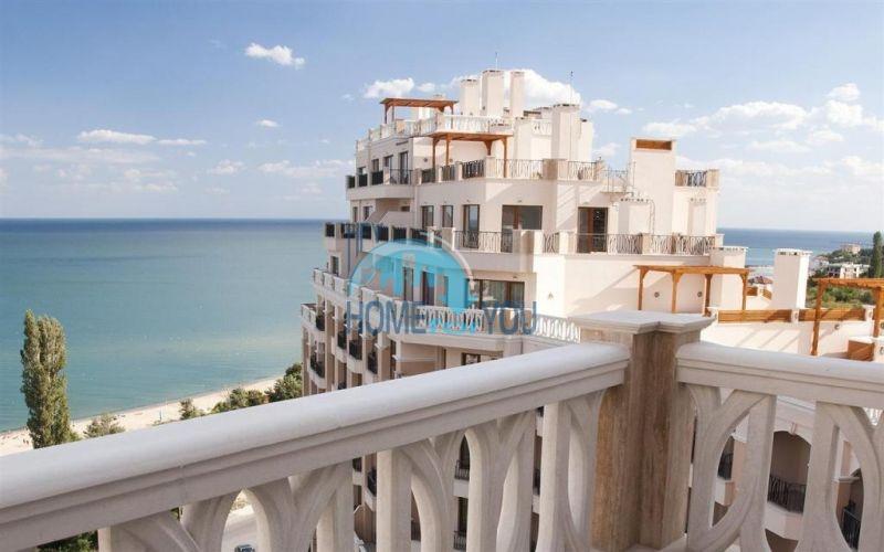 Квартира с мебелью на первой линии с видом на море - Золотые пески 12