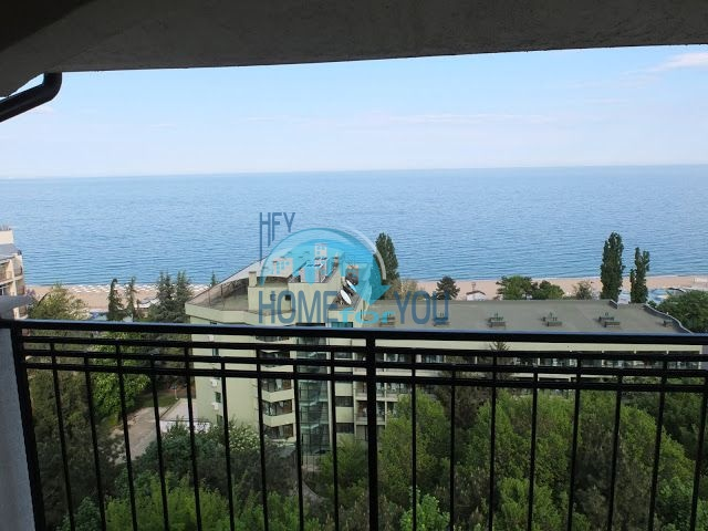 Трехкомнатная квартира класса люкс с видом на море 14