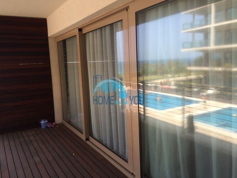Квартира на первой линии моря в Обзоре, комплекс You Bulgaria 11