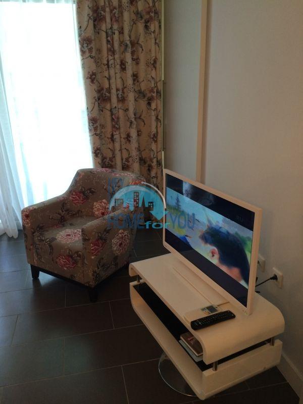 Квартира на первой линии моря в Обзоре, комплекс You Bulgaria 5