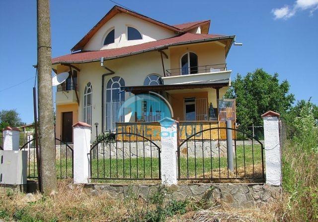 Новый трехэтажный дом рядом с Созополем - Равадиново