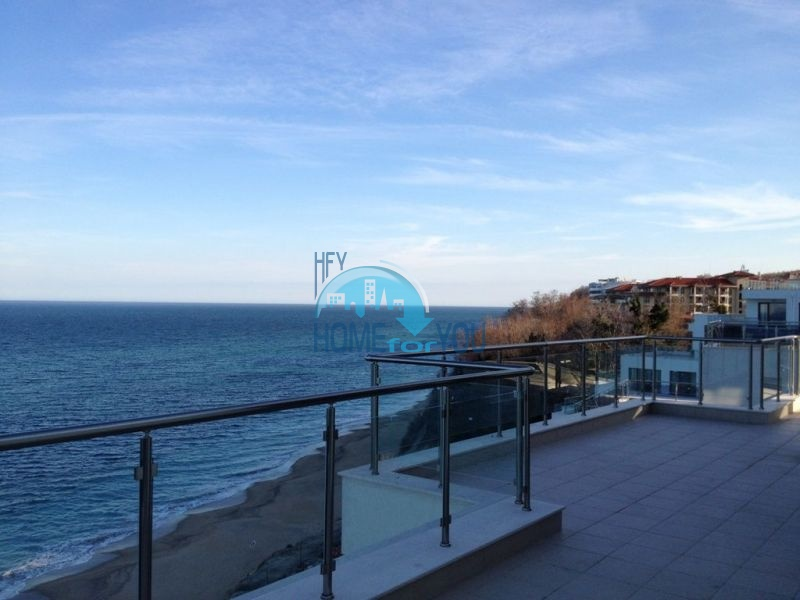 Трехкомнатная квартира с уникальной морской панорамой в городе Бяла