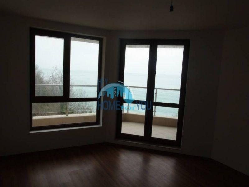 Трехкомнатная квартира с уникальной морской панорамой в городе Бяла 12